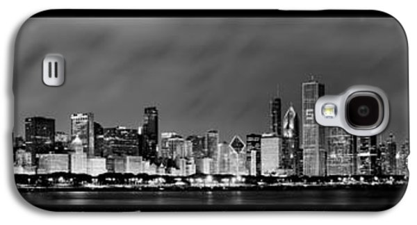 Light Photographs Galaxy S4 Cases - Chicago Panorama at Night Galaxy S4 Case by Sebastian Musial