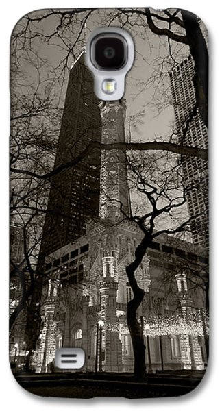 Landmark Photographs Galaxy S4 Cases - Chicago Water Tower B W Galaxy S4 Case by Steve Gadomski