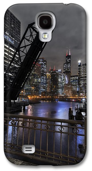 Chicago River Galaxy S4 Cases - Chicagos Grand Canyon Galaxy S4 Case by Sean Foster