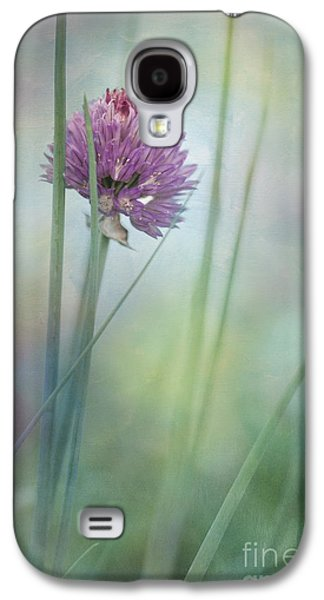 Gardening Photography Galaxy S4 Cases - Chive garden Galaxy S4 Case by Priska Wettstein