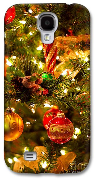 Anticipation Photographs Galaxy S4 Cases - Christmas tree background Galaxy S4 Case by Elena Elisseeva