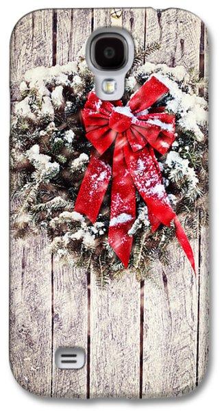 Snowy Night Night Galaxy S4 Cases - Christmas Wreath on Barn Door Galaxy S4 Case by Stephanie Frey