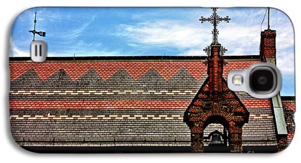 Photographs With Red. Galaxy S4 Cases - Church Roof with Cross Galaxy S4 Case by Nishanth Gopinathan