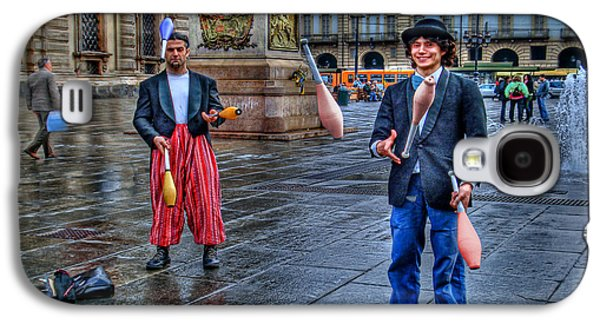 Juggling Galaxy S4 Cases - City Jugglers Galaxy S4 Case by Ron Shoshani