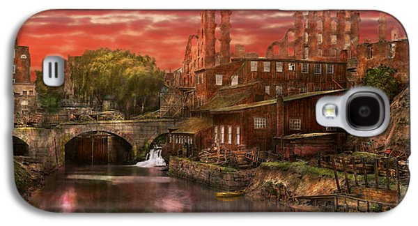 Old Mill Scenes Photographs Galaxy S4 Cases - City - Richmond VA - After the fighting stopped - 1865 Galaxy S4 Case by Mike Savad