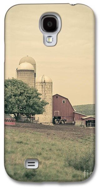 New England Barns Galaxy S4 Cases - Classic farm with red barn and silos Galaxy S4 Case by Edward Fielding