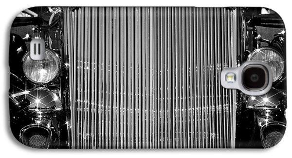 Transportation Photographs Galaxy S4 Cases - Classic Pierce Arrow Galaxy S4 Case by Steven Lapkin