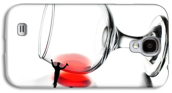 People Glass Galaxy S4 Cases - Cleaning wine cup little people on food Galaxy S4 Case by Paul Ge