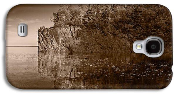 Minnesota Galaxy S4 Cases - Cliff Face Northshore MN BW Galaxy S4 Case by Steve Gadomski