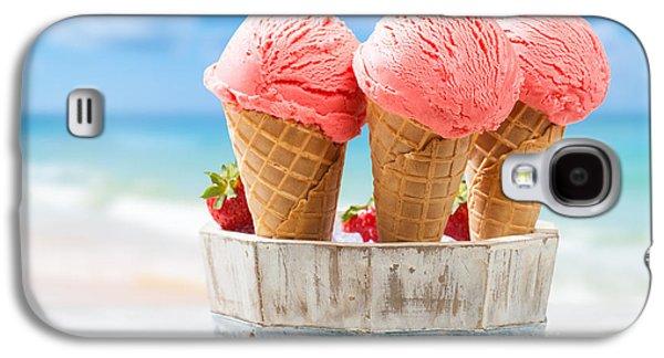 Close Up Strawberry Ice Creams Galaxy S4 Case by Amanda Elwell
