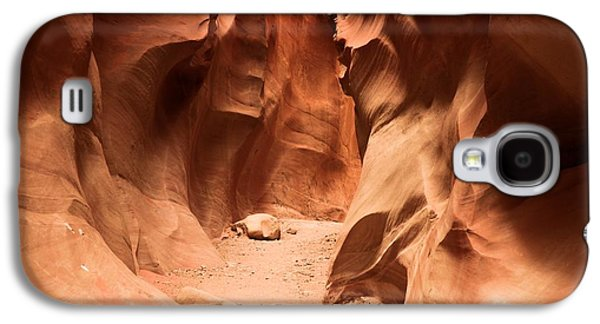 Holes In Sandstone Galaxy S4 Cases - Closing In Galaxy S4 Case by Adam Jewell