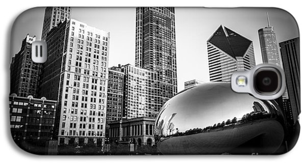 Stone Buildings Galaxy S4 Cases - Cloud Gate Bean Chicago Skyline in Black and White Galaxy S4 Case by Paul Velgos