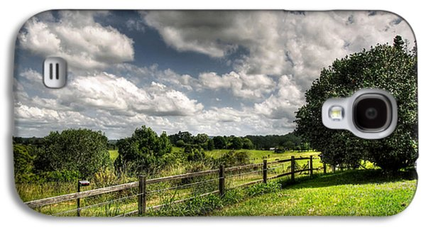 Old Fence Posts Galaxy S4 Cases - Cloudy Day in the Country Galaxy S4 Case by Kaye Menner