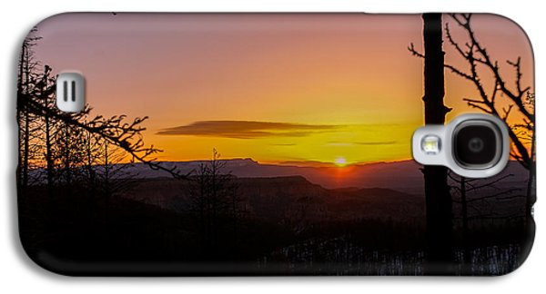 Landmarks Photographs Galaxy S4 Cases - Cold Utah Sunrise Galaxy S4 Case by Michael J Bauer