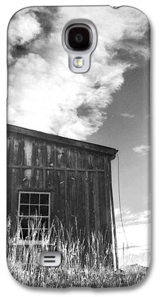 Old Barns Paintings Galaxy S4 Cases - Colorado Mining Barn Galaxy S4 Case by Cathy Walters