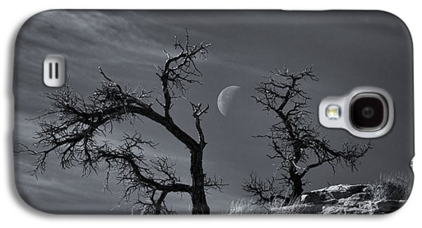 Landscape Acrylic Prints Galaxy S4 Cases - Colorado National Monument Moonrise Galaxy S4 Case by Darren  White
