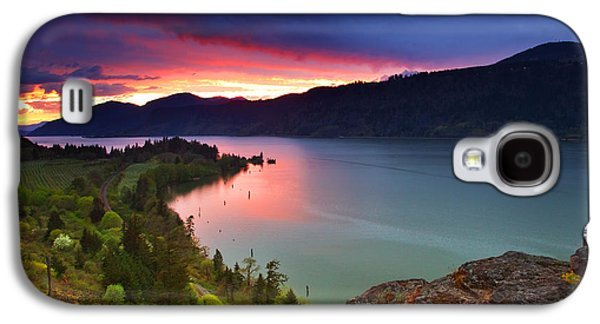 Landscapes Photographs Galaxy S4 Cases - Columbia Sunset Galaxy S4 Case by Darren  White