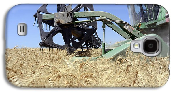 Machinery Galaxy S4 Cases - Combine harvester  Galaxy S4 Case by Shay Fogelman