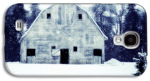 Barn Yard Galaxy S4 Cases - Come in outa the Cold Galaxy S4 Case by Julie Hamilton