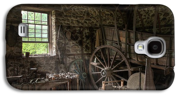 Conestoga Galaxy S4 Cases - Conestoga wagon at the Blacksmith - Wagon Repair Galaxy S4 Case by Gary Heller