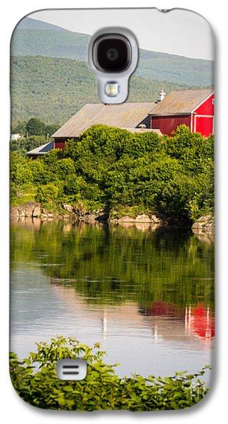 Connecticut River Farm Galaxy S4 Case by Edward Fielding
