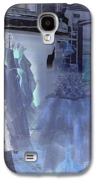 Surreal Landscape Galaxy S4 Cases - Cotillion Galaxy S4 Case by Lauren Hunter