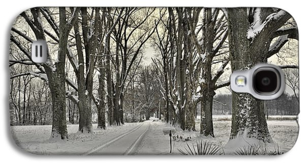 Daviess County Galaxy S4 Cases - Country Lane in Winter Galaxy S4 Case by Wendell Thompson