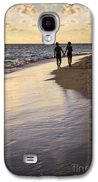 Couple Galaxy S4 Cases - Couple walking on a beach Galaxy S4 Case by Elena Elisseeva
