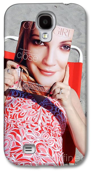 Candid Photographs Galaxy S4 Cases - Cover Girl Galaxy S4 Case by Edward Fielding