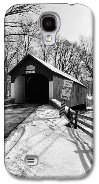 Old Roadway Galaxy S4 Cases - Covered Bridge in Black and White Galaxy S4 Case by Paul Ward