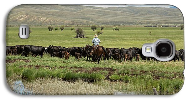 Cowboy Herding On A Cattle Ranch Galaxy S4 Case by Jim West