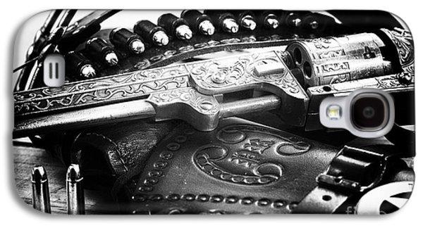 Old Western Photos Galaxy S4 Cases - Cowboy Way Galaxy S4 Case by John Rizzuto