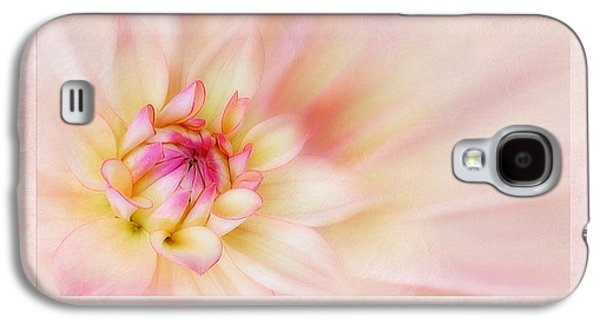 Botanical Digital Art Galaxy S4 Cases - Dahlia Abridge Natalie Galaxy S4 Case by John Edwards