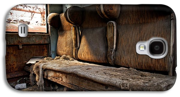 Chair Pyrography Galaxy S4 Cases - Damaged retro seats in a cabin Galaxy S4 Case by Oliver Sved