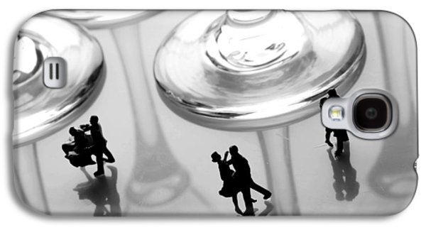 Ball Gown Photographs Galaxy S4 Cases - Dancing among glass cups Galaxy S4 Case by Paul Ge
