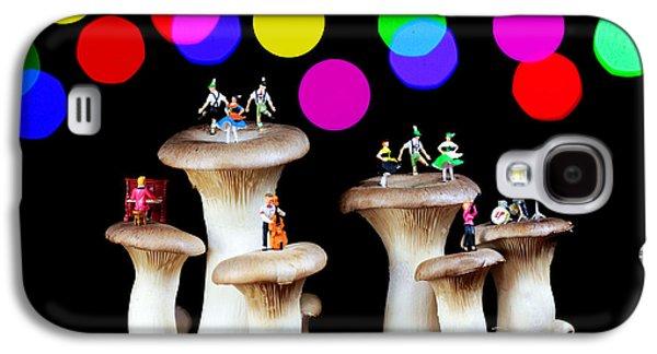 Mushroom Digital Art Galaxy S4 Cases - Dancing on mushroom under starry night Galaxy S4 Case by Paul Ge