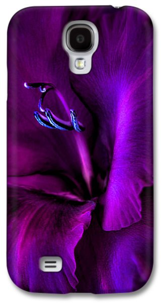 Gladiolas Galaxy S4 Cases - Dark Knight Purple Gladiola Flower Galaxy S4 Case by Jennie Marie Schell