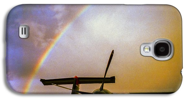 Dash 8 And Rainbow Galaxy S4 Case by Greg Reed