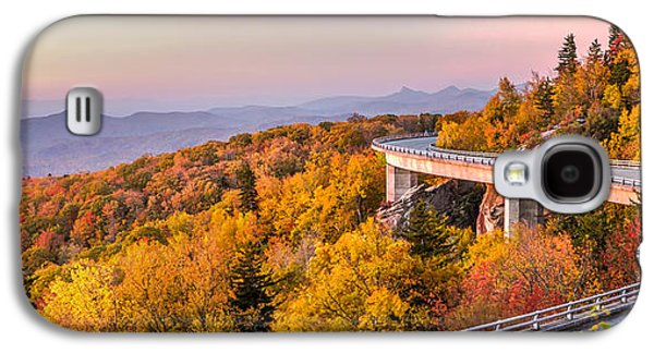 Scenic Drive Galaxy S4 Cases - Dawn on the Blue Ridge Parkway Galaxy S4 Case by Pierre Leclerc Photography