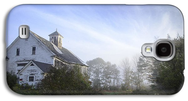 Old Maine Barns Galaxy S4 Cases - Day Break at the Farm Galaxy S4 Case by Alana Ranney
