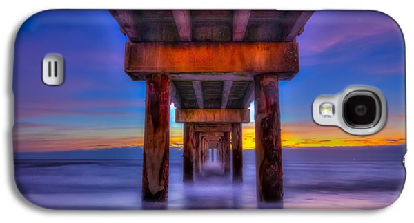 Daybreak At The Pier Galaxy S4 Case by Marvin Spates