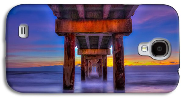 Waterscape Galaxy S4 Cases - Daybreak At The Pier Galaxy S4 Case by Marvin Spates