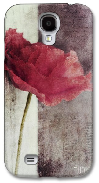 Contemporary Art Photographs Galaxy S4 Cases - Decor Poppy Galaxy S4 Case by Priska Wettstein