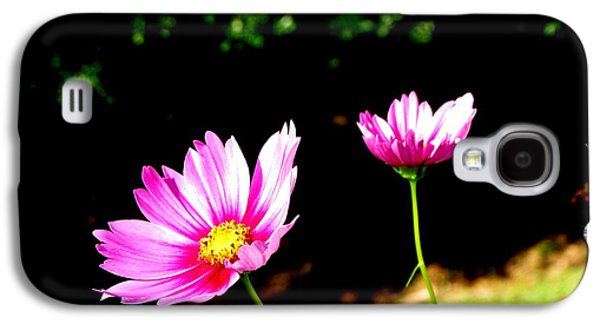 Original Art Photographs Galaxy S4 Cases - Delicate Pink Galaxy S4 Case by Gardening Perfection