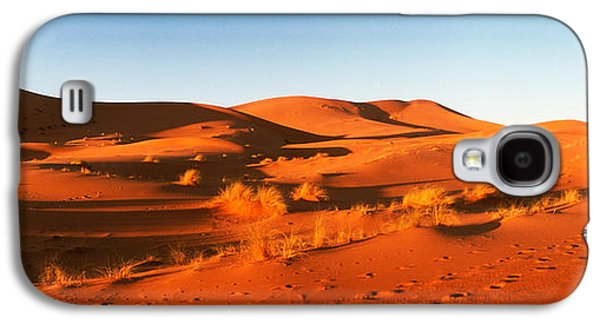 Sahara Sunlight Galaxy S4 Cases - Desert At Sunrise, Sahara Desert Galaxy S4 Case by Panoramic Images