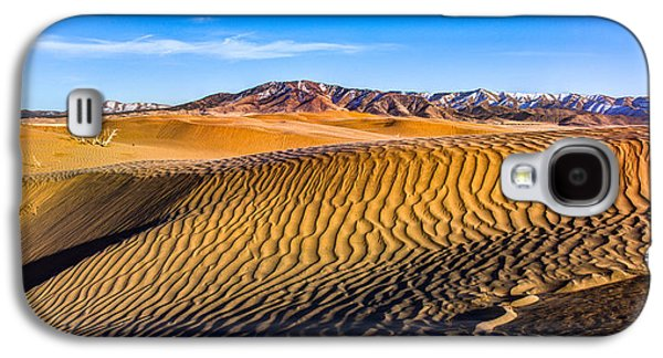 Sand Dunes Galaxy S4 Cases - Desert Lines Galaxy S4 Case by Chad Dutson