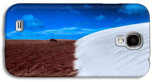 Desert Sand And Sky Galaxy S4 Case by Julian Cook