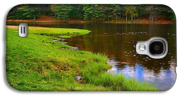 Pond In Park Galaxy S4 Cases - Display Of Blue Galaxy S4 Case by Lourry Legarde