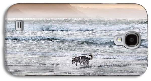 Dogs Digital Art Galaxy S4 Cases - Dog In The Surf Galaxy S4 Case by Christopher Cutter
