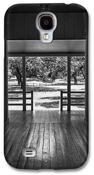 Dog Trots Galaxy S4 Cases - Dog Trot at LBJ Birthplace BW Galaxy S4 Case by Joan Carroll